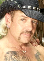 Joe exotic 9e5a30d3 biopic