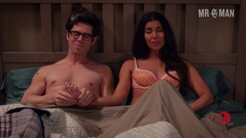 Deviousmaids 04x07 sanchez young hd 01 large 3