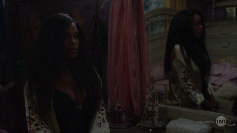 Claws 01x08 nash kesy hd 01 large 3