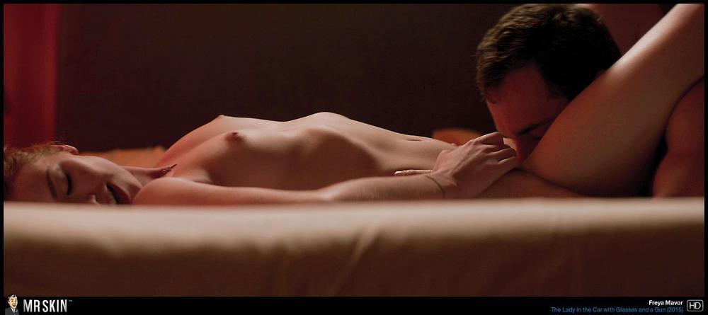 Emily Mortimer Nude Gif 6