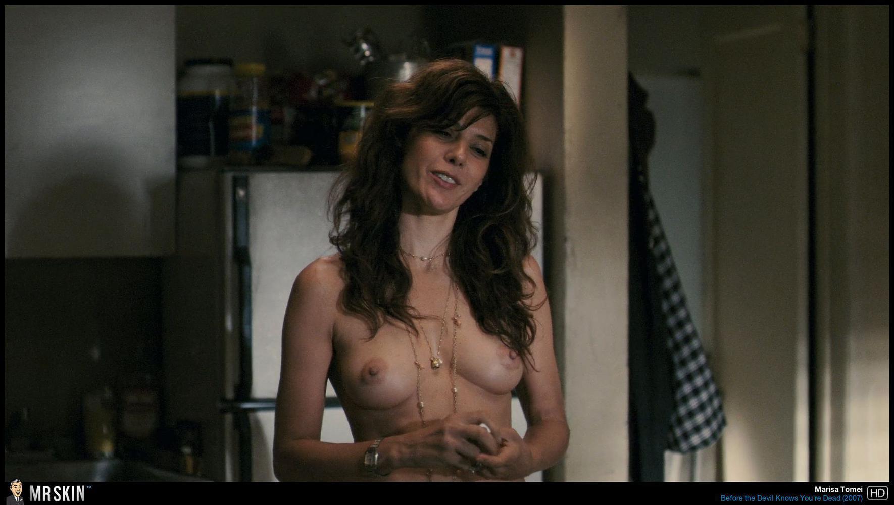 Sexy non nude babes