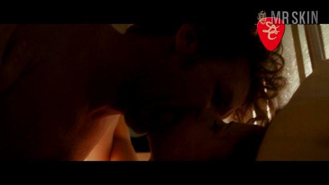 Fischer praises new image's nude scene