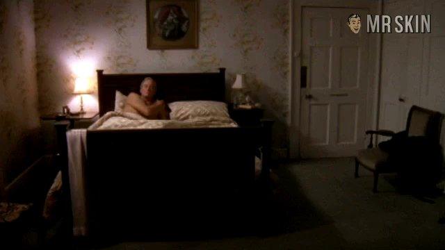 Fallenangel episode2 cusack 01 frame 3