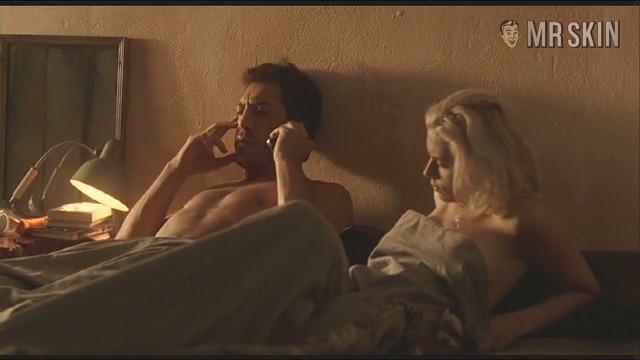 Scarlett Johansson Nude Phone Pics