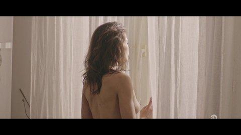 Nude 1x03 benezech roman hd 01 large 3