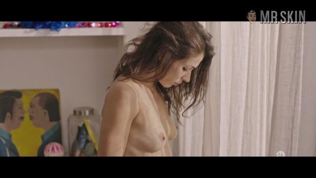 Nude 1x03 benezech roman hd 01 large thumbnail 3 override